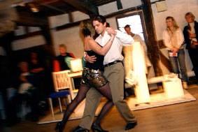 Grundkurs i argentisk tango